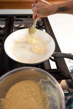 Cooking Hot Pancakes_21
