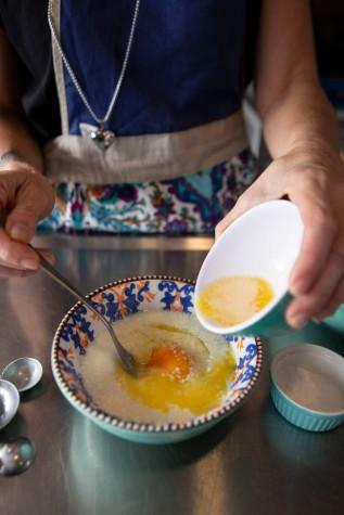 Cooking Hot Pancakes_9